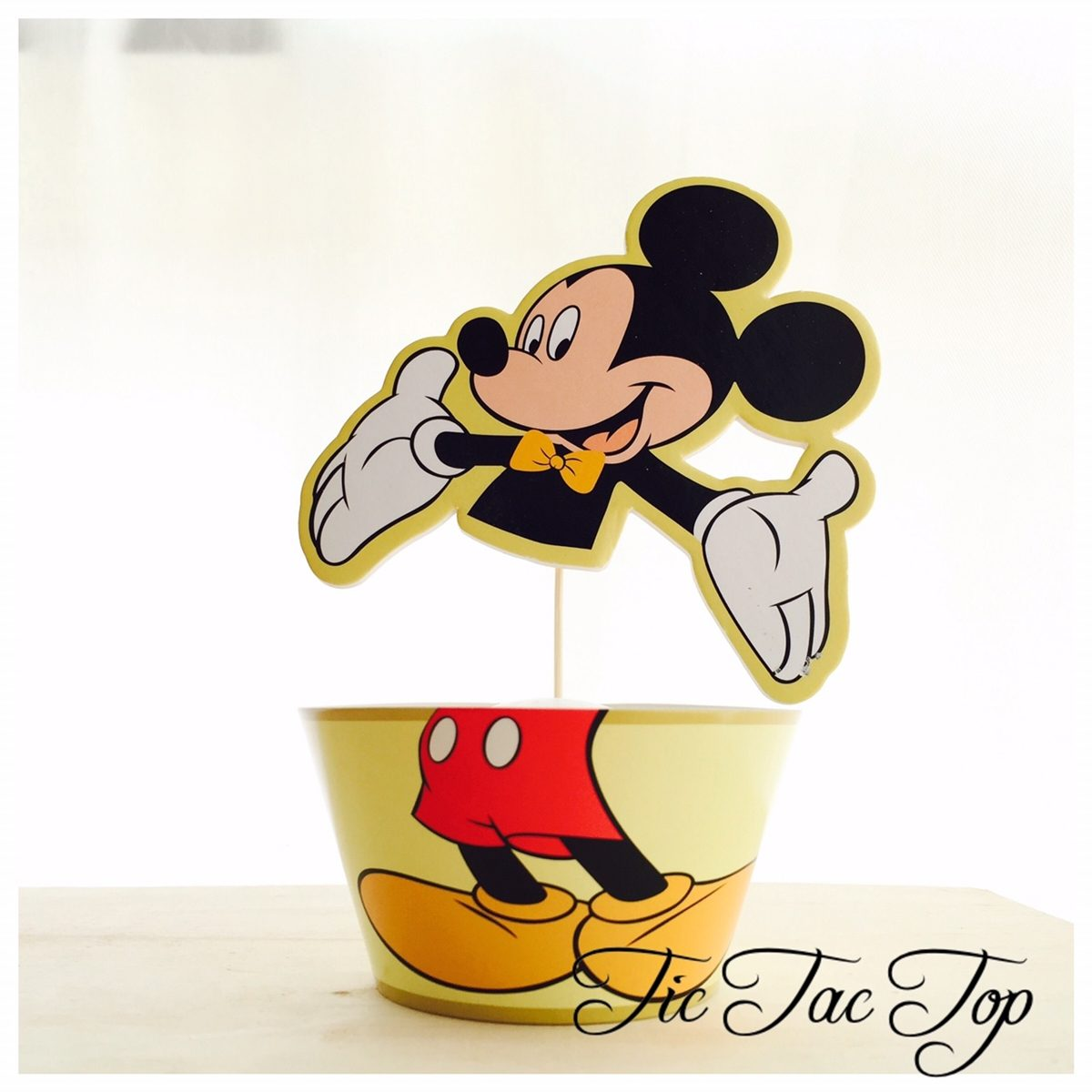Mickey & Minnie Special Edition Cupcake Wrappers + Toppers (Super Large)